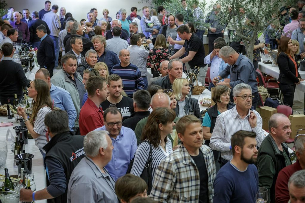 Wine aficionados at olive oil and wine festival