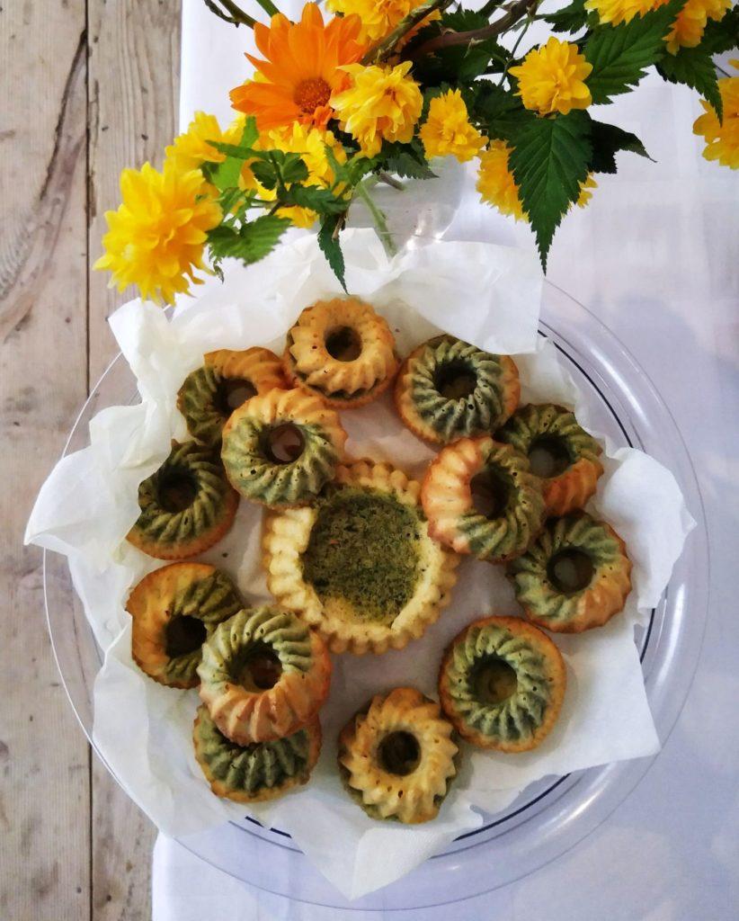Asparagus marble cakes